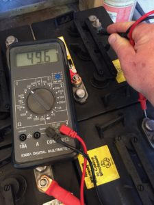 photo of measuring the battery